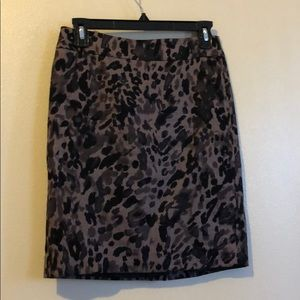 Ann Taylor 0p Animal Print Skirt